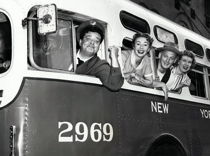 the_honeymooners_full_cast_1955_0