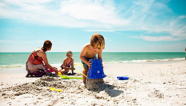 best-toddler-vacations-florida-sand-castle-featured
