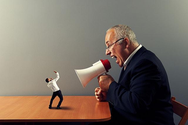 Bad-boss-cause-stress-at-work